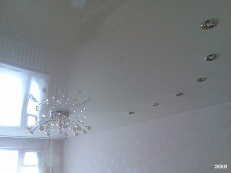 Простые потолки фото