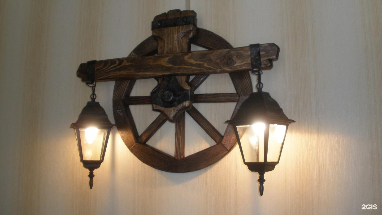 Люстры и светильники для интерьеров 48