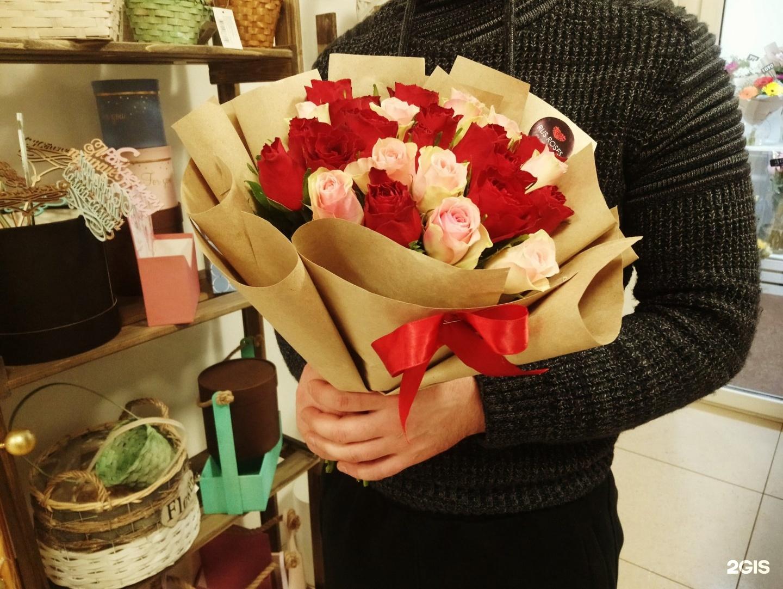 Заказ 55 роз набережные челны