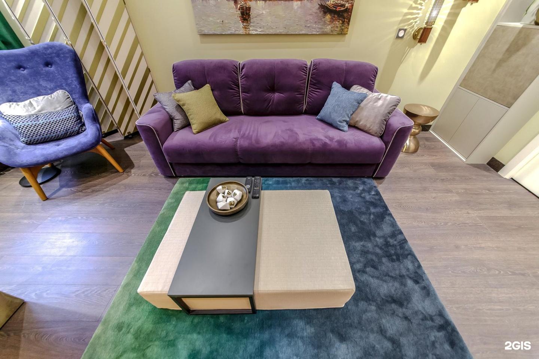 диваны мун в гостиной фото типичный
