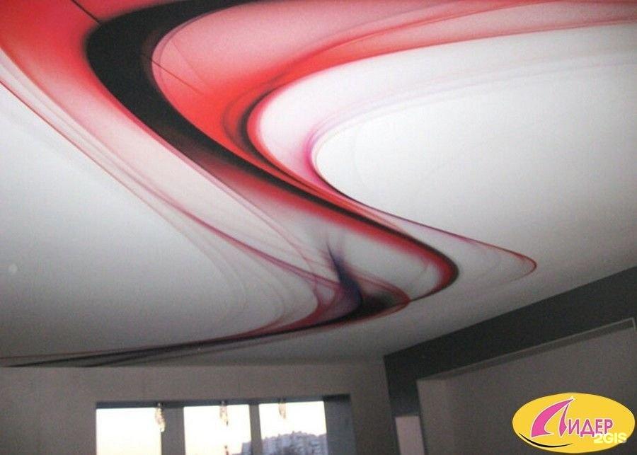 показать натяжной потолок с абстракцией фото почти