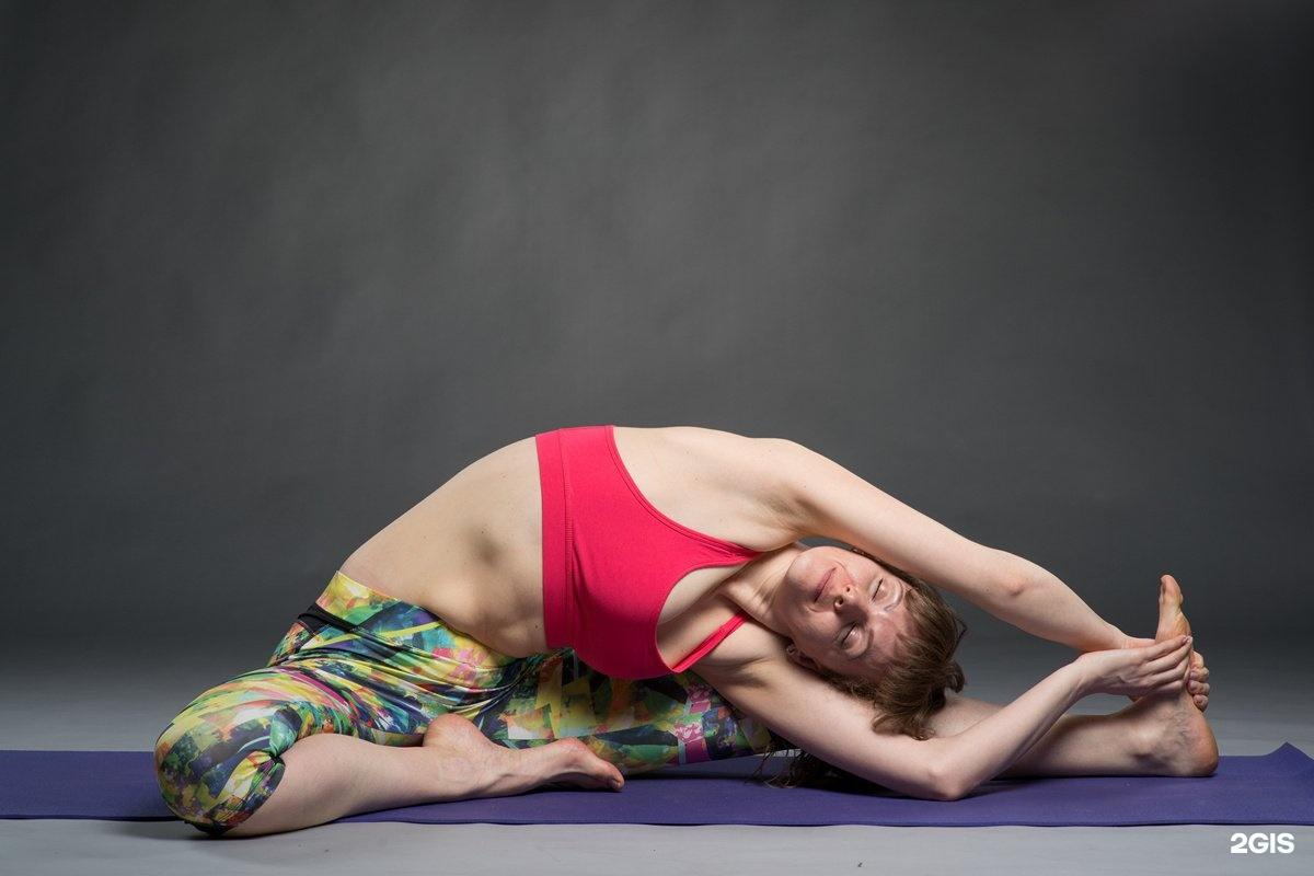 йога фото позы на одного говорит сама
